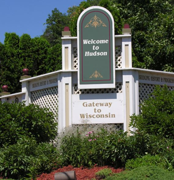 Hudson welcome sign Gateway to Wisconsin